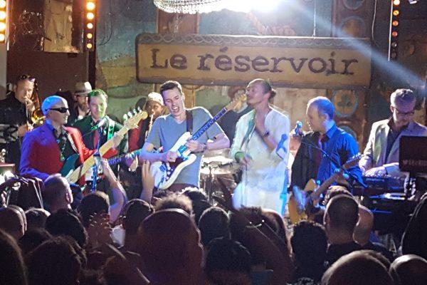Dom Briki et son Hybridoscope, Antoine Lassus (guitare, au centre) et Frédéric Yonnet.