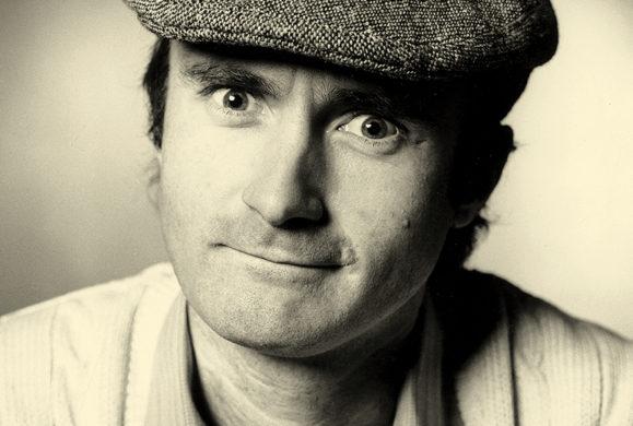 Phil Collins joue bien avec les autres