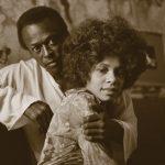 Betty et Miles Davis sont dans un studio…