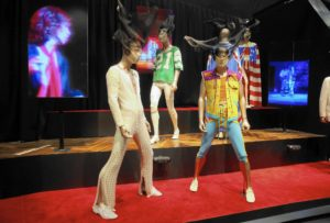 ct-rolling-stones-exhibitionism-review-ent-0414-20170413